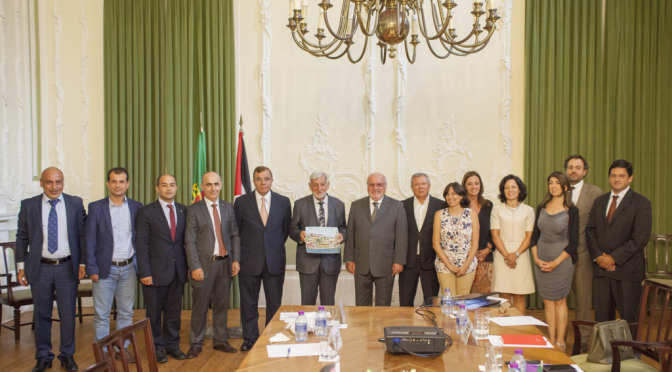 Palestinian Minister of Agriculture sign agreements with Portugal